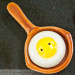 Pan and sunny side up egg shakers